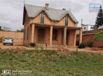 Villa à rénover F2, Ambohidratrimo